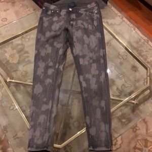 Romeo and Juliet size 29 stretch black/gray Jean
